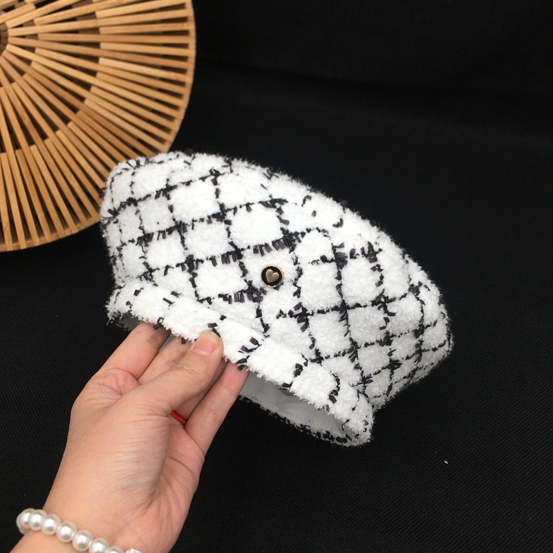 Hat for women small fragrant wind tweed knit hat retro plaid beret octagonal painter hat fashion