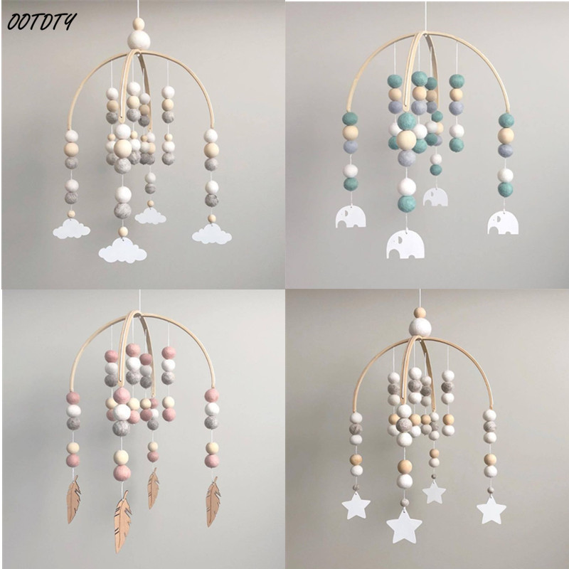 OOTDTY Baby Wool Balls Wooden Beads Mobile Rattles Bed Bell Wind Chimes Toys Kids Children Room Hanging Decorations