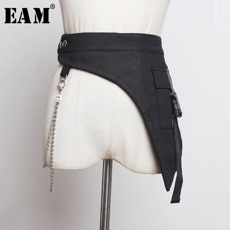 [EAM] Black Asymmetrical Chain Buckle Split Wide Belt Personality Women New Fashion Tide All-match Spring Autumn 2020 1K141