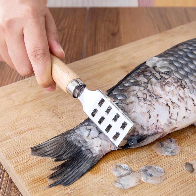 الفولاذ المقاوم للصدأ الأسماك كشط مقياس ماكينة حلاقة مع مقبض الخشب الأسماك تنظيف سكين مكشطة الأسماك اكسسوارات المطبخ المأكولات البحرية أداة