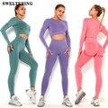 Комплект спортивный женский бесшовный, комплект для йоги и тренировок, леггинсы с эффектом пуш-ап, укороченный топ и бюстгальтер, спортивна...
