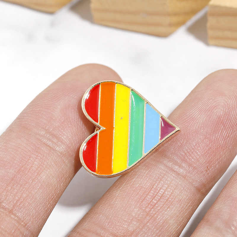 1PCs Rainbow Heart LGBT Pride Pinback Button Badge Gay Lesbian Symbol Pin 4 Colors Love Is Equal DIY Apparel Sewing Accessories