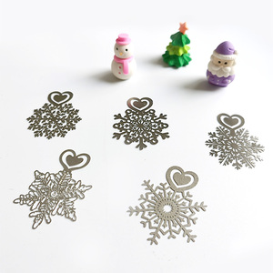 Image 4 - Metal Flower Bookmarks Stainless Steel Snowflake Book Page Marker as Christmas Gifts 30pcs/lot