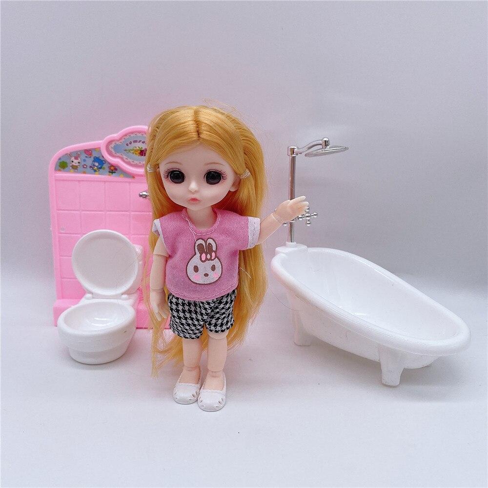 ddung Doll and Bathromm Toilet Scene Children/'s Game Toy Gift for Girls