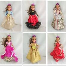 28cm doll with makeup sandra doll body children's doll toys Part of Bratz doll c