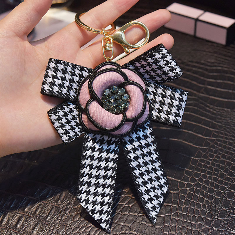 Black White Rhinestone Heart Keychain Bag Plush Car Key Ring Car Key Genuine Leather Camellia Flower Long Tassel Style Key Chain