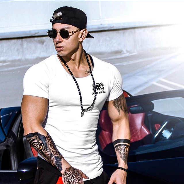 Fitted Streetwear T-shirt 8