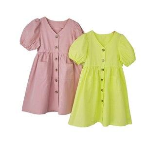 Image 1 - Vestido de princesa para bebé niña vestido de verano para niños 2020 nuevo farol de algodón manga madre y yo lindo vestido Retro cuello en V, #5266