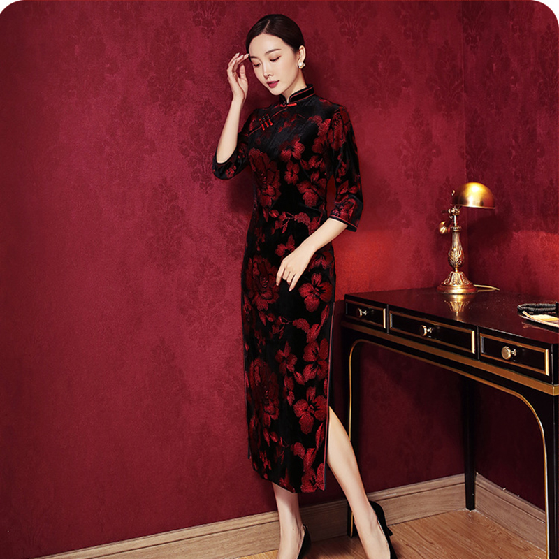 Vintage Button Mandarin Collar Female Evening Party Dress Black 3/4 Sleeve Print Flower Cheongsam Velour High Split Long Qipao