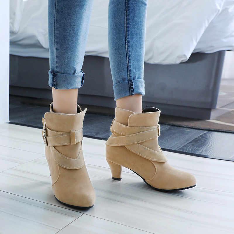 2019 Yüksek Topuk Toka kadın bileğe kadar bot Akın Kısa Peluş İç Ayakkabı Kadın Sonbahar Yeni Moda Bayanlar Kısa patik