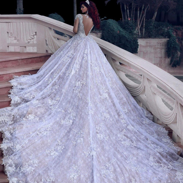 2021 Luxury Beading Long Sleeve Muslim Wedding Gowns With Long Train Sequined Lace Wedding Dresses Turke Robe De Mariage 2