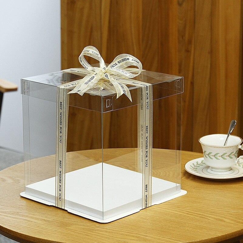 Caixa plástica transparente branca do bolo de