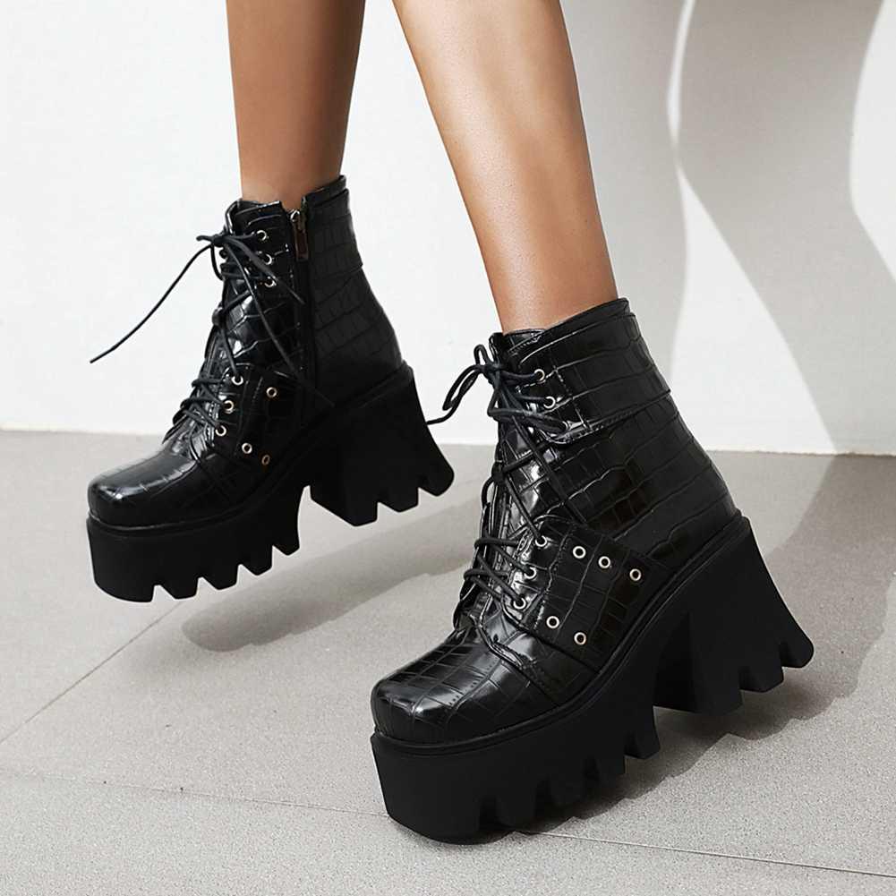 DORATASIA yeni varış serin sokak oyma botları 2020 moda yüksek garip topuklu çizmeler kadın yüksek platformu ayak bileği ayakkabı kadın