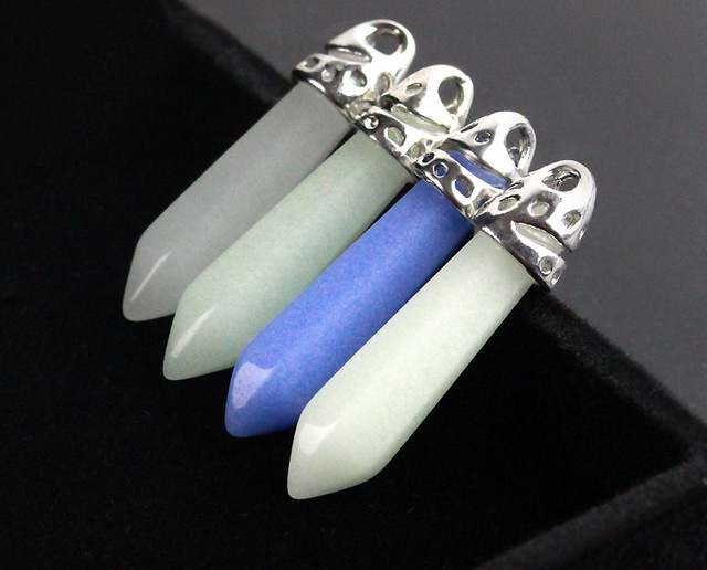 New Hot Sale Glow in the Dark Bullet Pendant Necklace Luminous Natural Stone Hexagonal Column Necklace for Women Fashion Jewelry