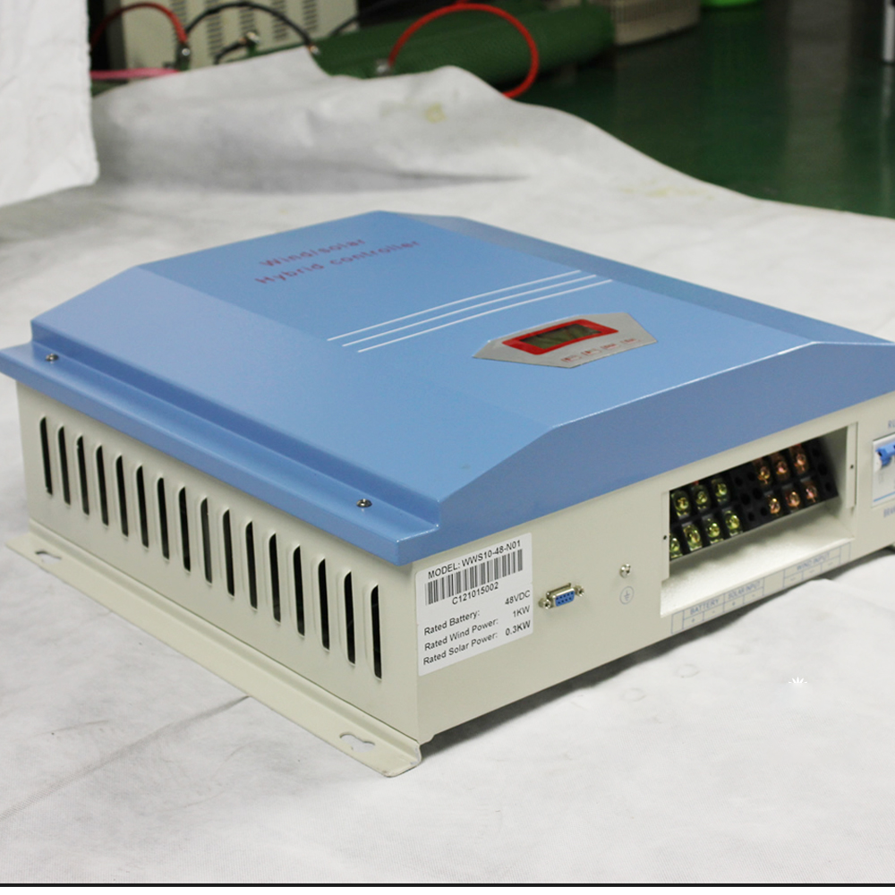 100A 20A Chargeur De R/égulateur Double USB 10A 30A 40A GWHW Contr/ôleur Solaire R/égulateur De Panneau Solaire PWM Deux en Un R/égulateur Intelligent De Panneau Solaire Automatique 50A