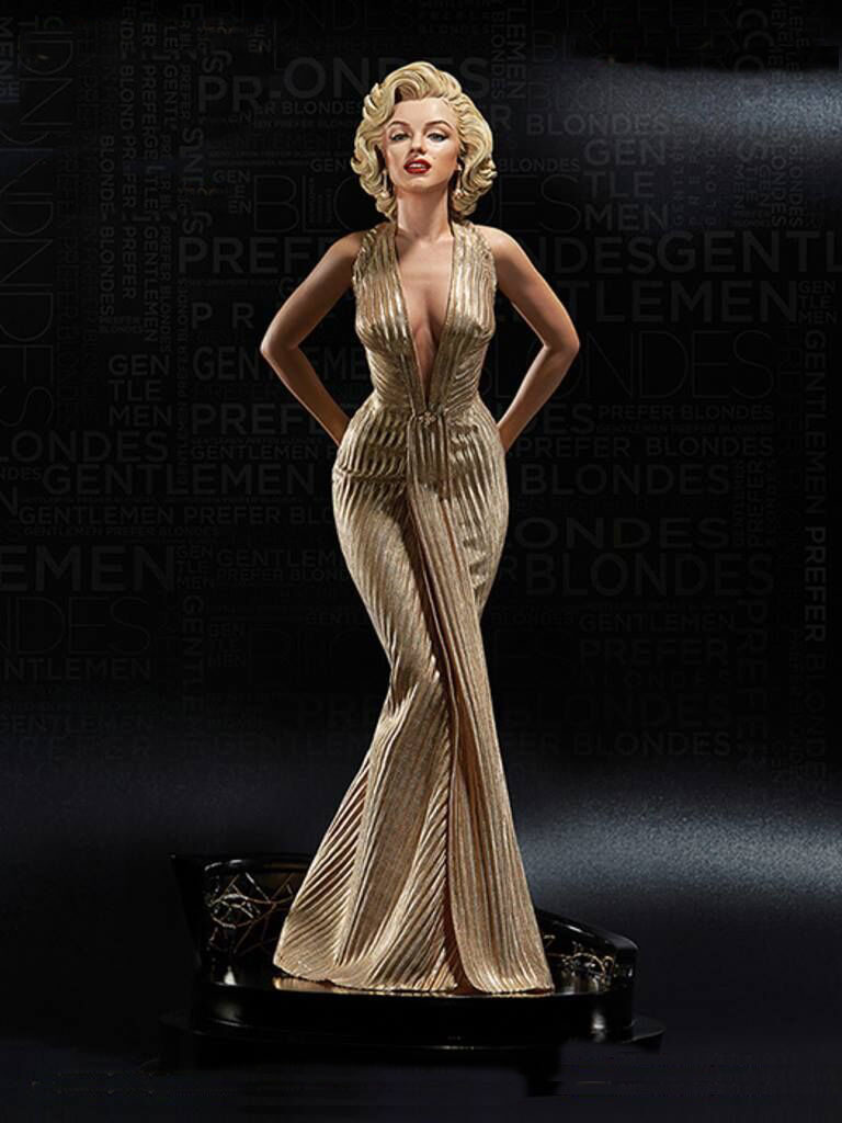 Limited Edition 1/4 Scale Marilyn Monroe Statue 1