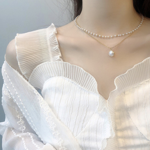 lovely pearlized necklace 3