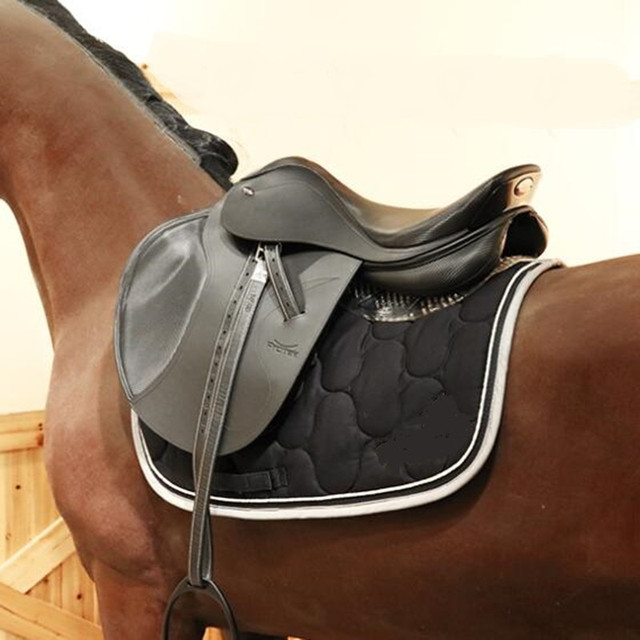 Cavassion-Anti-Slip Gel Pad for Horse Saddle - Keeps the saddle in place, while balancing the weight of the jockey and saddle. 4
