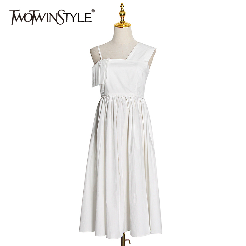 TWOTWINSTYLE Elegant Women Dress Asymmetrical One-shoulder Sleeveless High Waist Tunic Dresses Female Clothes 2020 Fashion Tide