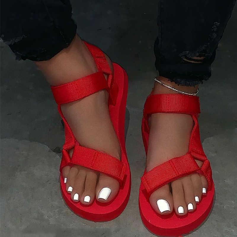 Bayanlar açık plaj terlikleri 2020 yeni kadın ilkbahar/yaz yeni yumuşak kaymaz kaymaz sandalet köpük taban dayanıklı sandalet