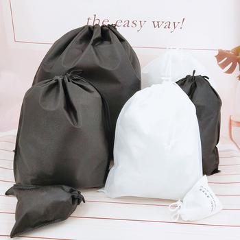 20 sztuk nie pleciona torba włókniny torby ze sznurkiem pojemnik na ściereczki torby pojemnik na buty przechowywanie odporny na kurz torby na buty ubrania tanie i dobre opinie CN (pochodzenie) 13 drutu Szafa Torby do przechowywania Ekologiczne Składane Zaopatrzony Włókniny tkaniny Ubrania wiszące typu wiszące typu