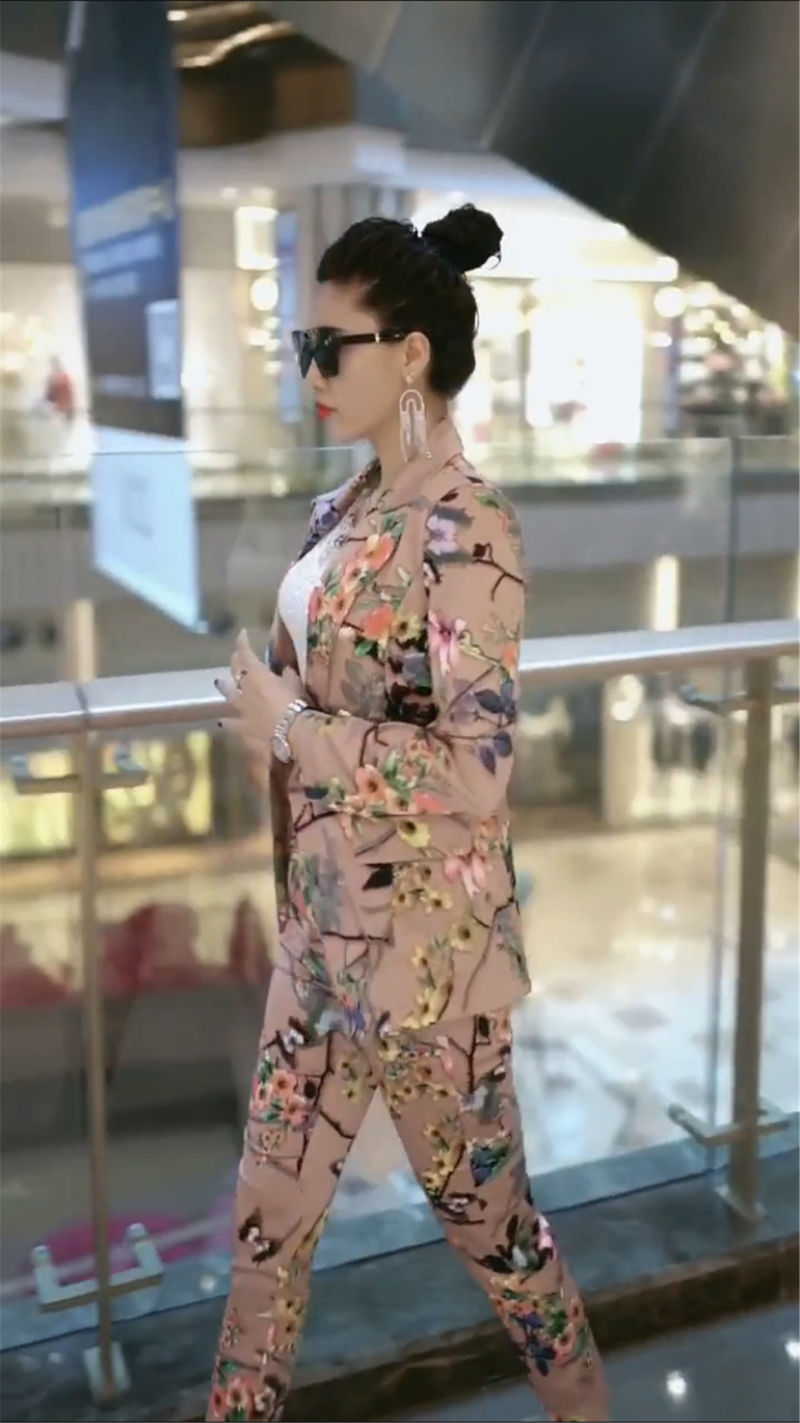 2020 New Spring Autumn Women Elegant Blazer Feminino Women Floral Long Sleeve Blazer Suit Office Ladies Two Piece Sets T06