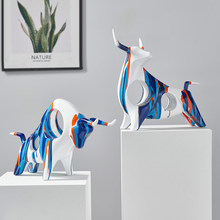 Nordic Cow Art Animal Resin Sculpture Color Graffiti Living Room TV Cabinet Desktop Decor for Home Office Decor Accessories Gift