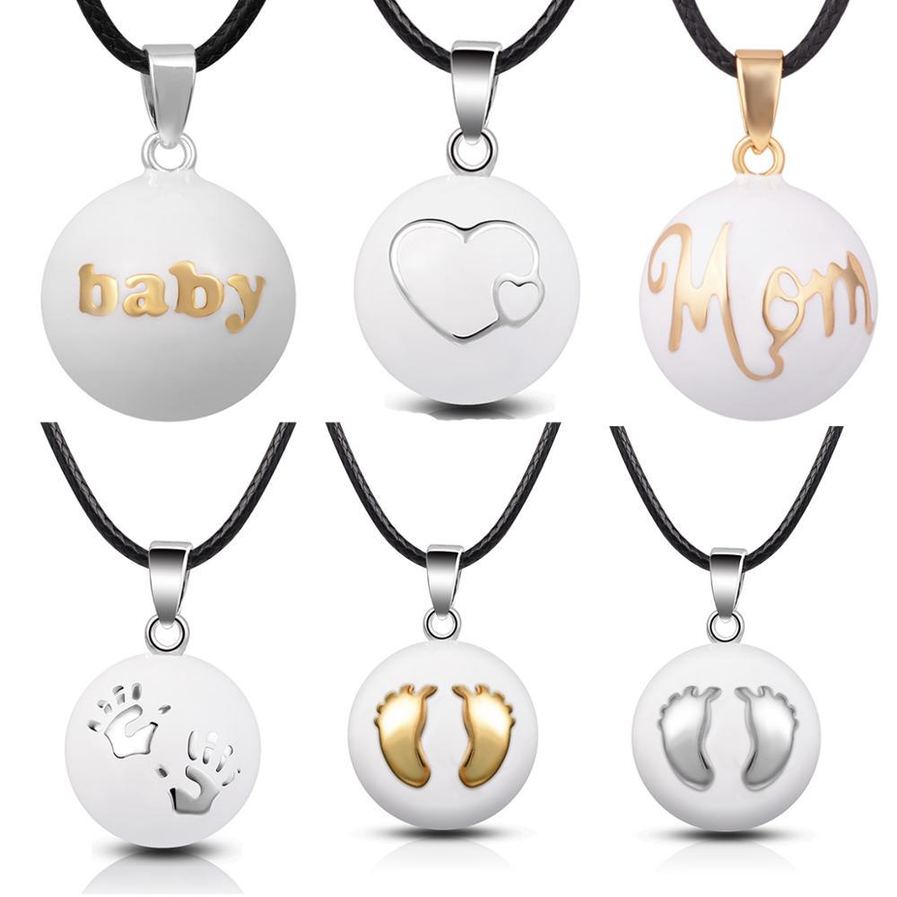 Weiße Schwangerschafts-Bola mit Herz, Hand oder Fuß, 114cm Lederband   Engelsrufer Engelsrufer und Bolas Baby