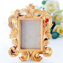 Practical Picture Frame Photo Display Props Baroque Picture Frame Stand Photo Picture Frame for Wall Decor or Tabletop