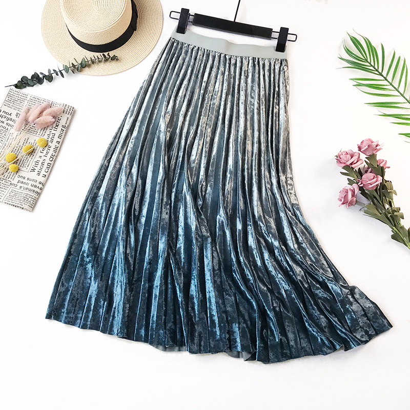 Gradient Velvet Pleated Skirt 13
