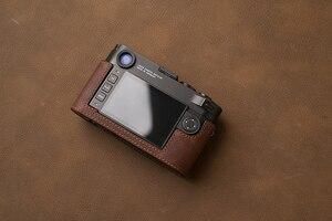 Image 3 - AYdgcam العلامة التجارية جلد طبيعي حافظة كاميرا اليدوية نصف الجسم حقيبة الغطاء السفلي لايكا M10 M10P فتح تصميم البطارية