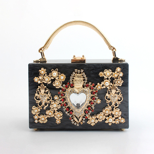 Image 2 - Luxury Acrylic Box Evening Clutch Bags Women Pearl Diamonds Heart shaped Stone Pattern Purses Handbag Ladies Shoulder Bag Dinner