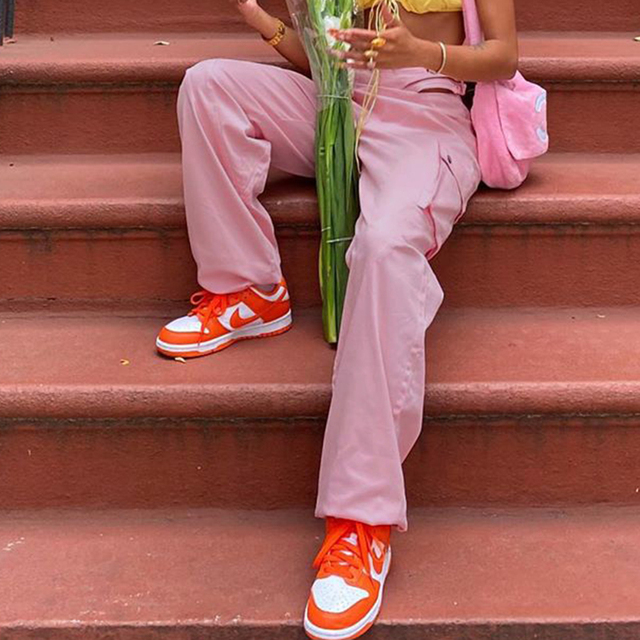 Baggy Trousers with big pocket in pink