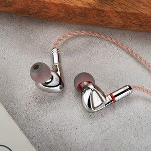 Image 2 - TIN HIFI P1 Flagship Planar Drive Unit Drive In Ear Earphone Detachable MMCX Cable HiFi Metal Headset Earbud 5 axes CNC Process
