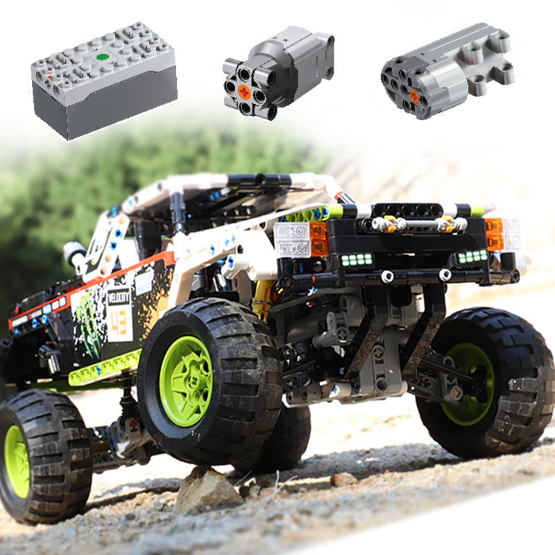 XINYU XQ1211 1090Pcs Technic Claw Off-road Vehicle