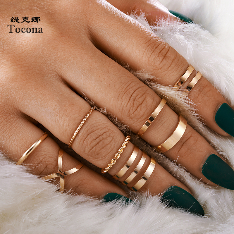 Tocona Bohemian Vintage Gold Crescent Geometric Joint Ring Set for Women Crystal Personality Design Ring Set Party Jewelry 10287