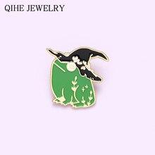 Żaba emalia Pin niestandardowy magiczny kapelusz czarownica kreskówka broszki z motywem zwierząt torba odznaki biżuteria prezent przypinki na klapę dla plecaka przyjaciół hurtowych