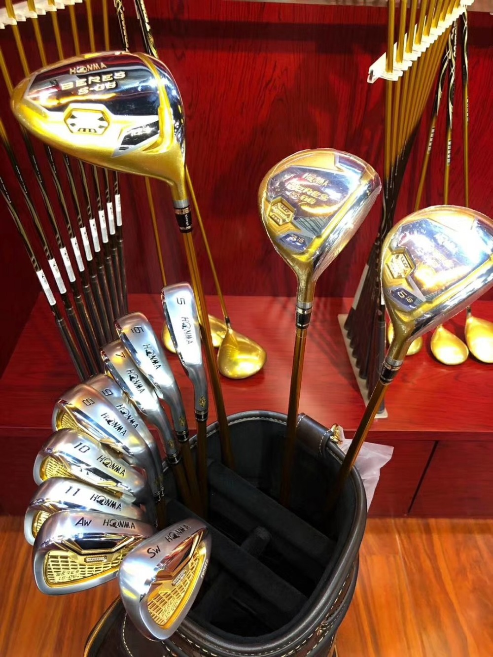 Golf Clubs Complete Set Honma Bere S-06 4 Star Golf Club Sets Driver+Fairway+Golf Iron+putter (14 Pieces) + Golf Bag