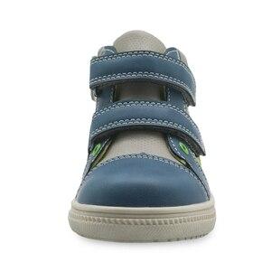 Image 3 - Обувь Apakowa для мальчиков, детская обувь из искусственной кожи на молнии, модные детские ботильоны с заплатками, демисезонные ботинки, европейские размеры 22 27