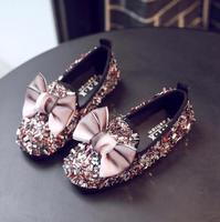 Anne ve Çocuk'ten Tenis Ayakk.'de 2019 Yeni Kız Elbise Ayakkabı Moda Elmas Çocuklar parti ayakkabıları Prenses Yay Pembe Ayakkabı Kızlar Sneaker