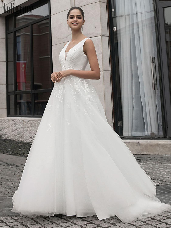 V-Neck Lace Wedding Dresses For Bride Open Back Appliques Sweep Train Country Style Bridal Gowns Garden Vestidoe De Noiva Custom