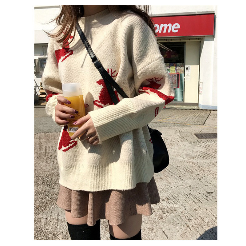 New Korean loose Christmas elk Beige red pullover women sweater coat 2019 winter new sweater women thickened New Year clothing - 4
