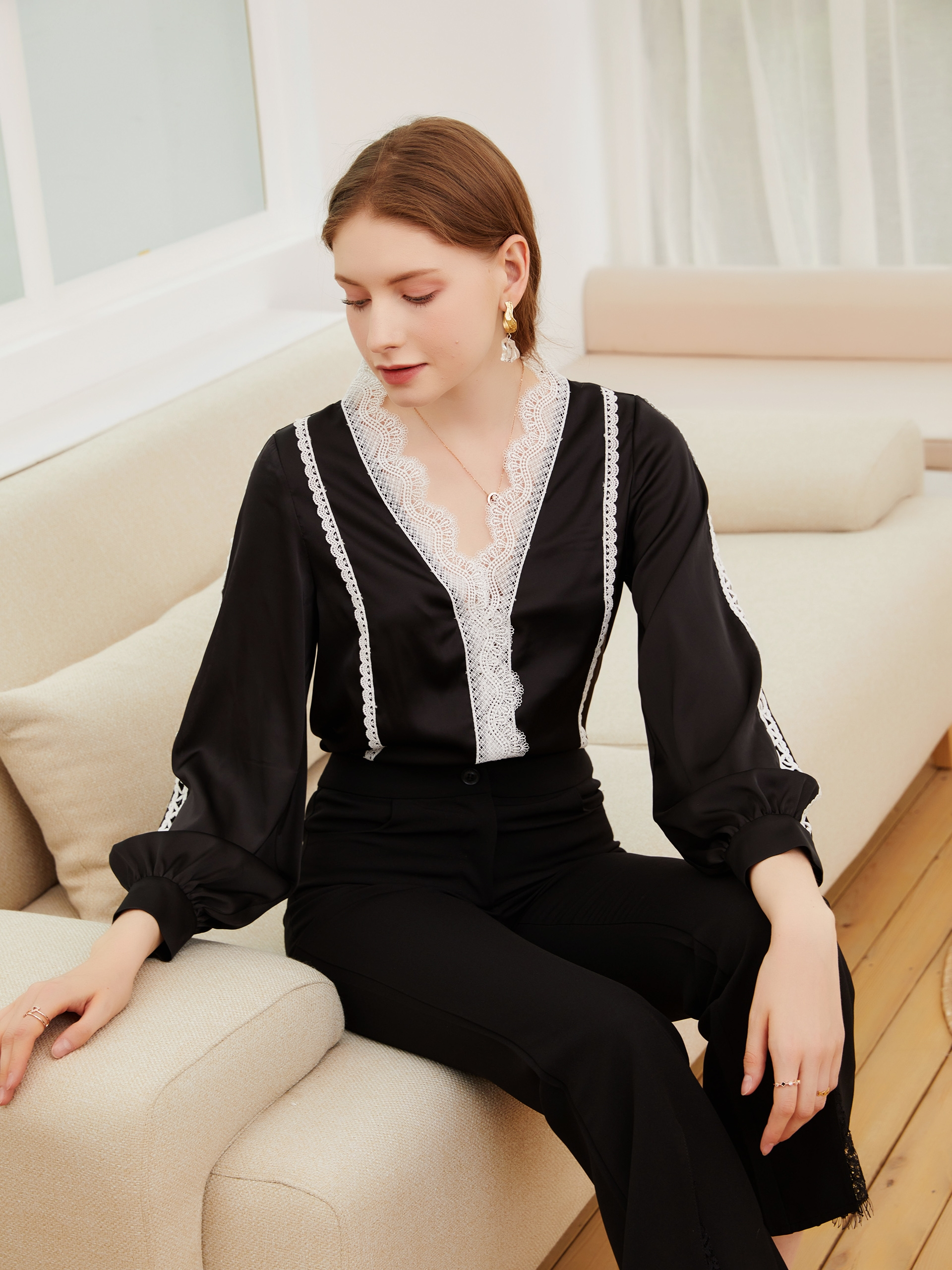 Оригинальные женские модные растворимые в воде v-образный вырез женская рубашка 2021 сезон весна-лето новый топ в европейском и американском ...