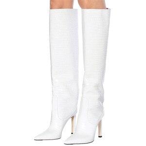 Image 4 - العلامة التجارية مصممة النساء أحذية طويلة عالية رقيقة كعب الركبة أحذية أشار تو ليلة نادي دراجة نارية حفلة موسيقية بوتاس موهير حجم كبير Shoes35 48