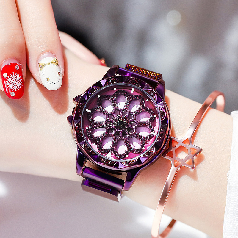 Hot Women 360 Degree Rotation Watches Luxury Gold Diamond Magnet Starry Sky Ladies Watch Fashion Geometric Quartz Wrist Watch