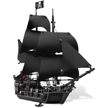 IN Stock  16006 804pcs Pirates of The Caribbean Black Pearl Dead Ship Model Builidng Blocks Brick Toys Gifts  4184 2