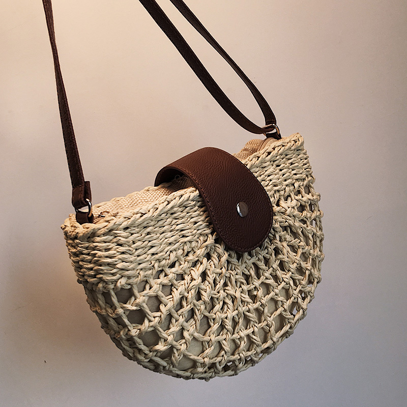 Casual Half Moon Rattan Women Shoulder Bags Wicker Woven Lady Crossbody Bag Summer Beach Straw Bags Lady Small Purse Travel 2020