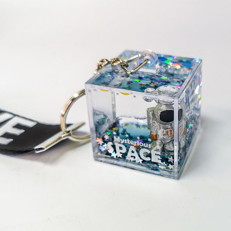 Mysterious Space Glitter Quicksand Square Keychain Astronaut Bag Charm Keyring Fashion Jewelry Space Lover Gifts