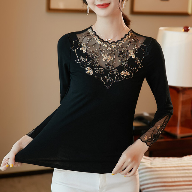 Women's shirt New 2019 Autumn long sleeve women blouse shirt Fashion Embroidery Mesh tops plus size hollow out lace tops 4
