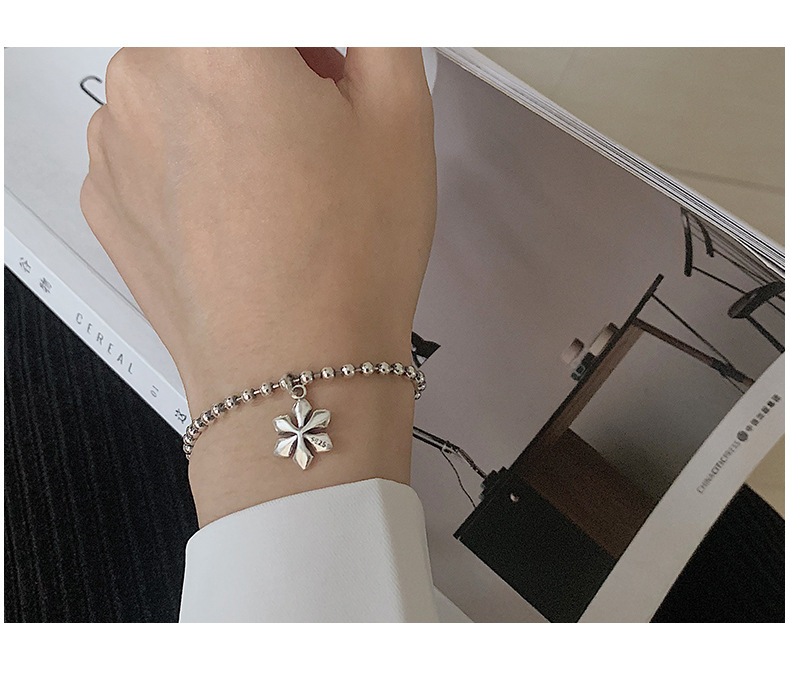 Женский серебряный браслет с цветком сливы в стиле индастриал